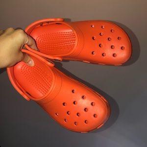 orange crocs clogs